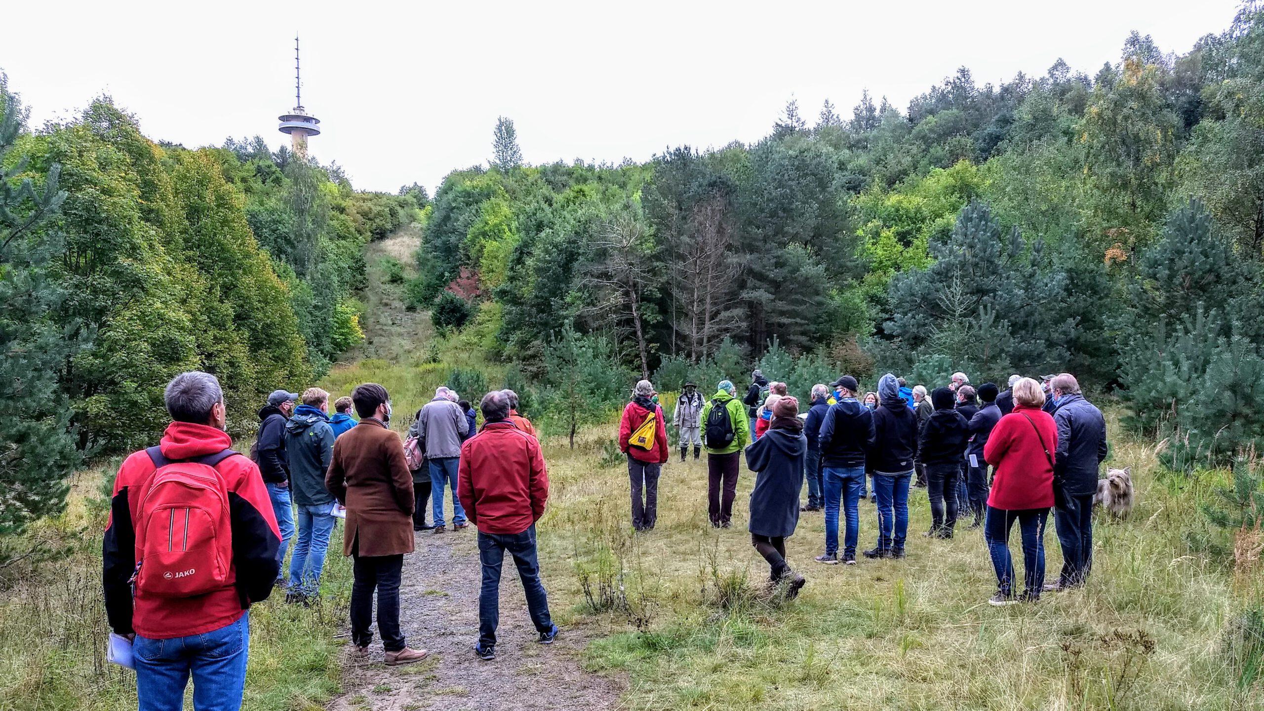 Sonntagsspaziergang am Hohen Hagen zum geplanten Seilrutschenpark am 27.09.2020